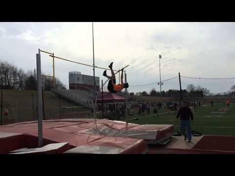 Pole Vaulter Turns Fail Into Win