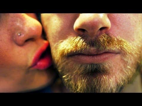 Jokes - Do Girls Like To Kiss Men With Beards