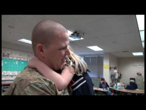 Cute - Soldier Surprises Daughter At School