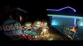 Awesome Halloween House Light Show 2013