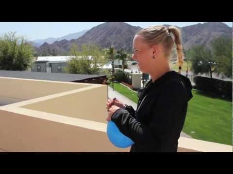 FAIL - Caroline Wozniacki's Prank On Maria Sharapova FAIL