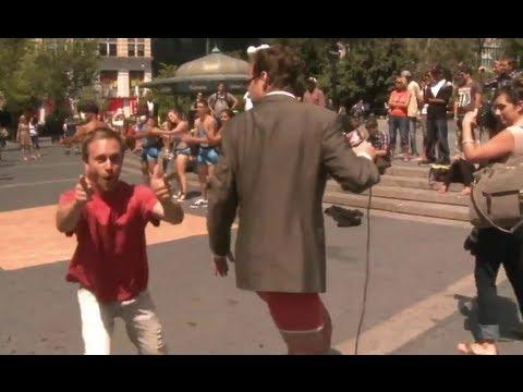 Jokes Reporter Loses His Pants On Live News