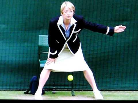 Jokes - Wimbledon Line Judge Lays A Tennis Ball