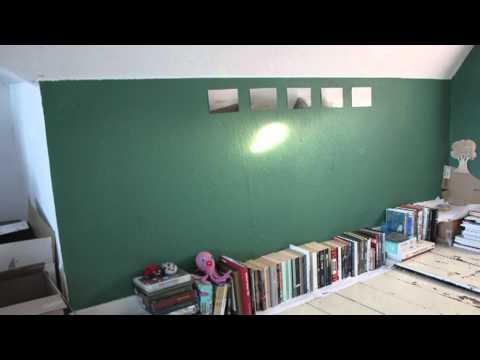 Amazing - Stop Motion Video Of Lights Playing In A Room
