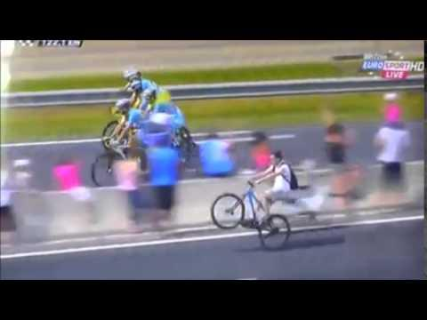 Guy Shows Off Wheelie At The Tour De France