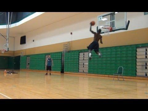 Awesome - Short Guy Can Dunk