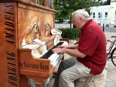 Amazing Old Man's Performance On The Piano