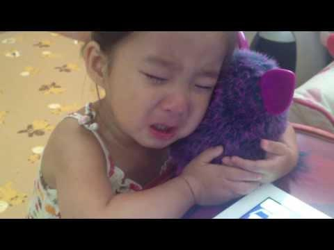 Poor Little Girl Starts Crying Thinking Her Furby Is Dead