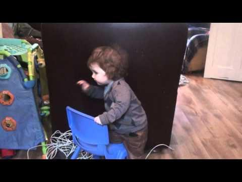 Cute - Baby Boy Dances To Noel Gallagher's Song