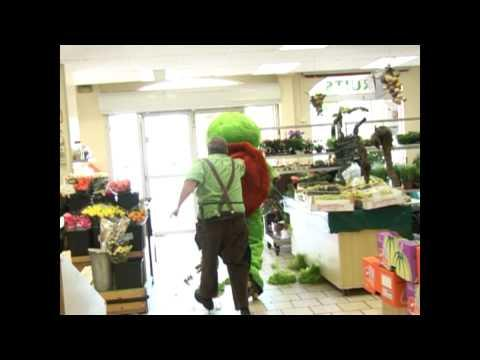Pranks - Franklin The Turtle Goes Shopping Prank