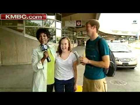 KMBC - Marriage Proposal Caught On Live News