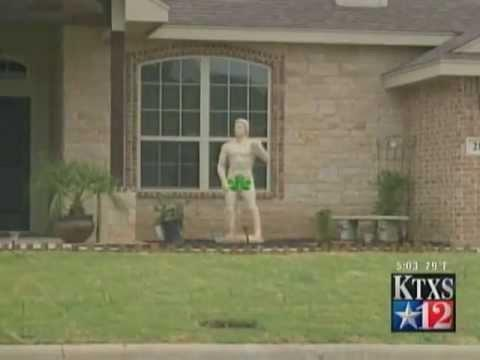 Jokes - Neighbors Upset About Naked Statue
