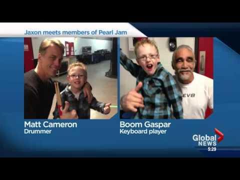 Eddie Vader From Pearl Jam Makes 8 Year Old Jaxon Happy