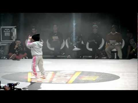 WIN - 6 Years Old Break Dancer Girl