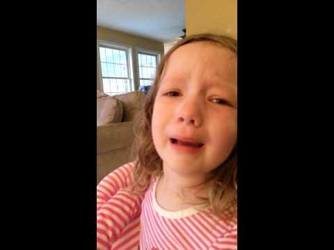 Little Girl Wants Starts Crying Because She Can't Meet George Washington