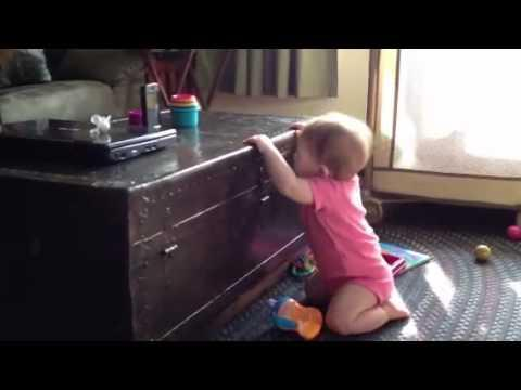 Cute - Baby Girl Loves Billy Squire