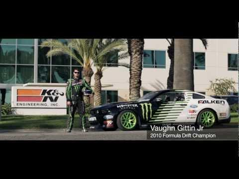 Awesome - RC Car Vs Ford Mustang