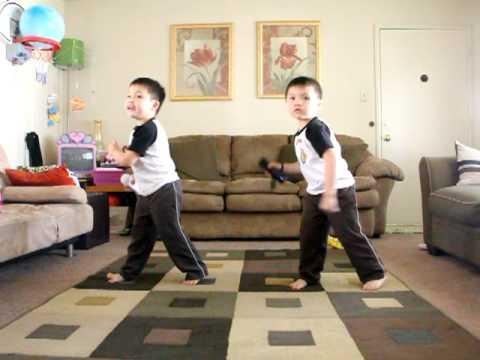 Cute - Twin Baby Boys Play Just Dance Game
