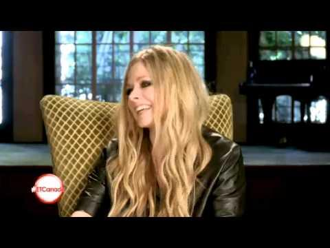 Funny Moments Of Avril Lavigne