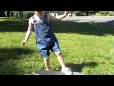 Cute - Annika's Tips On Riding The Skateboard