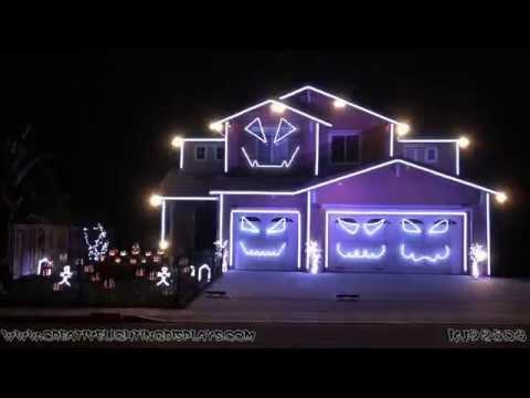 Halloween House Decoration Set To House Of Pain's Jump Around