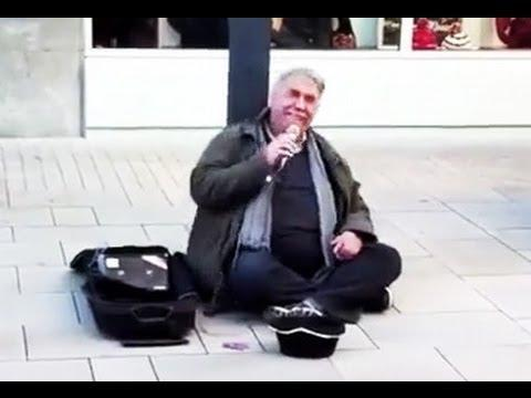 Lionel Richie's Hello Song Cover By German Street Performer