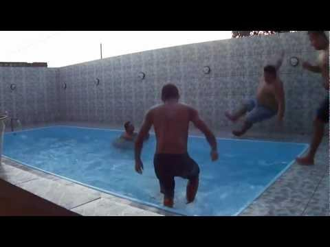 FAIL - Guy Slips And Falls In The Pool