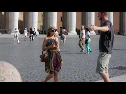 Pranks - Hugging Strangers In Rome Prank