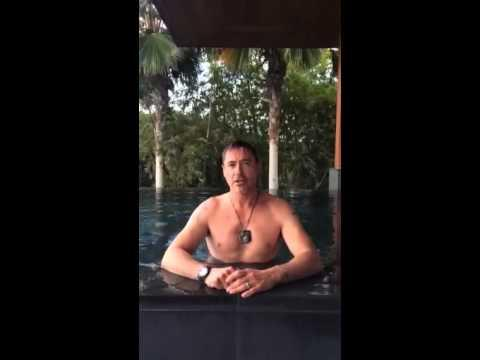 Robert Downey Jr Does The Ice Bucket Challenge