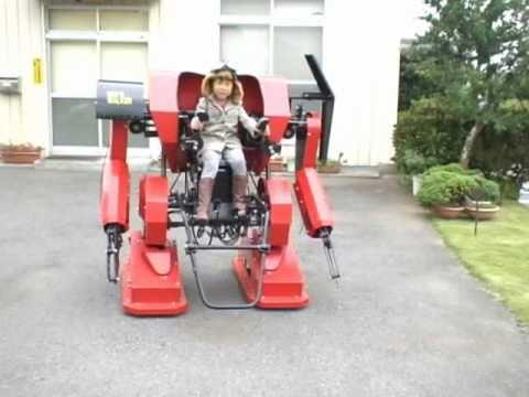 Awesome Dad Builds Cool Robots For His Daughter