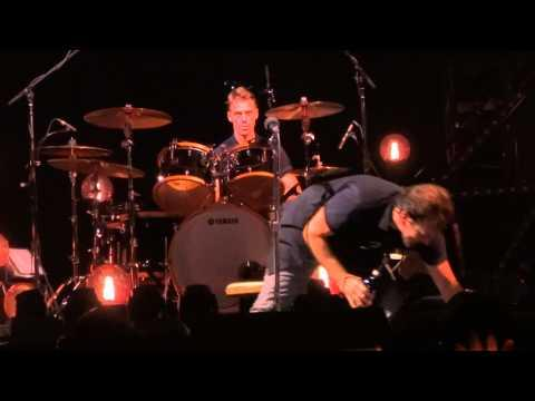Eddie Vedder Does A Disgusting Thing In Stockholm