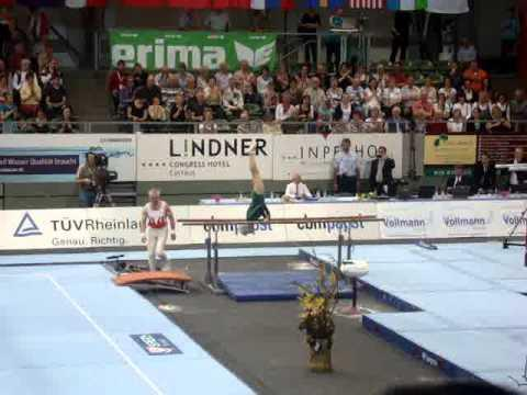 Awesome - 86 Years Old Gymnast