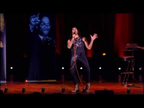 How Russell Brand Responds To Heckler