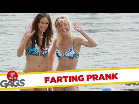 Guys Caught Farting Underwater Prank