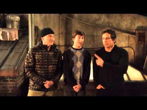 Ben Stiller And Robin Williams Help A Kid With Promposal