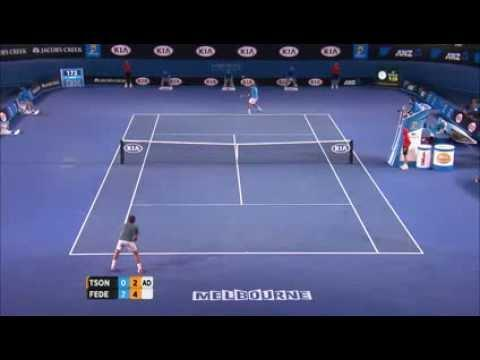 Roger Federer's Pass To The Ball Kid At Australian Open
