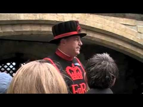 Jokes - Funny Tour Guide At Tower Of London