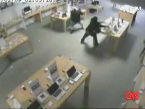 Crazy - Apple Store Gets Robbed In 30 Seconds