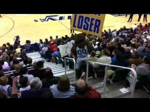 Jokes - Fight Breaks Out Between Utah Jazz Bear Mascot And Cleveland Cavaliers Fan