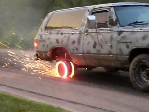 WTF - Truck Tire Burn Out