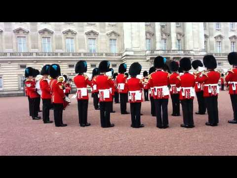 Queen's Guards Do A Cover Of Game Of Thrones Theme Song
