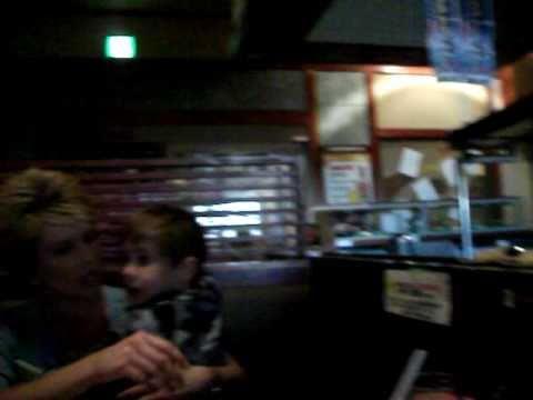 Crazy - Inside A Restaurant During Japanese Earthquake