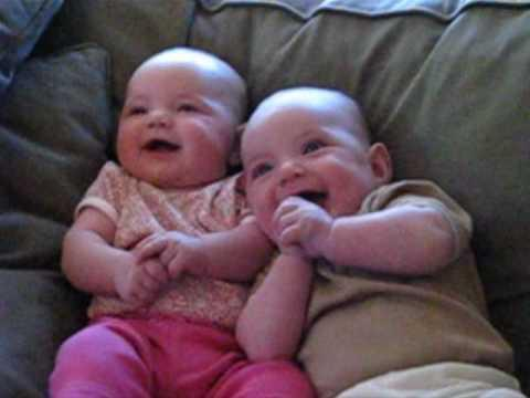 Cute - Twin Babies Laugh At Fake Sneeze