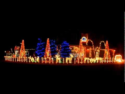 Awesome - First Of The Year Music Christmas House Light Show