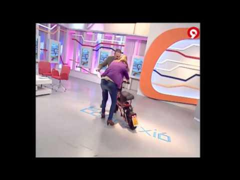 FAIL - TV Hostess And A Scooter