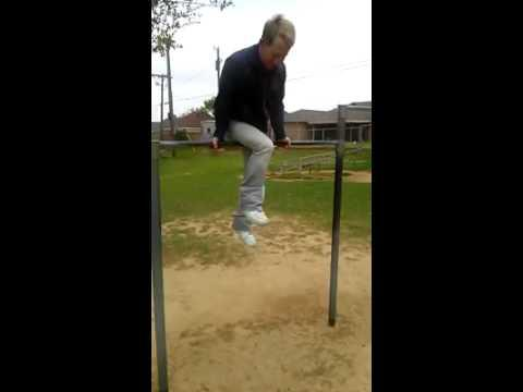 Guy Shows Off His Spinning Skills At The Playground